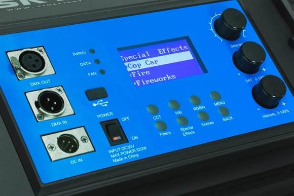 Studio_RGB_LED_Light_CineLED_SkyHUE_L_Controls.jpg