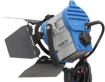 Studio_Tungsten_Fresnel_300W_Light.jpg