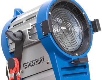 Studio_Tungsten_Fresnel_650W_Light_Housing.jpg